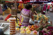 auf dem Markt in Saint Pierre