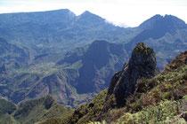 Blick in den Cieque de Mafat vom Piton Maïdo, 2190m
