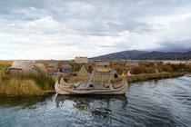 Islas de los Uros, Lago Titicaca, Peru