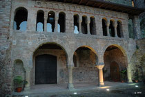 Monastère  de St Féliu de Guixols (porta ferrada)