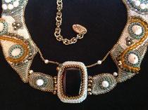Reine de Saba, cabochon 35x27,5 de cristal Swarorvski, magnifique plastron haute couture