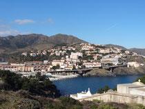 Port Vendres, Bahnhof über dem Ort!!