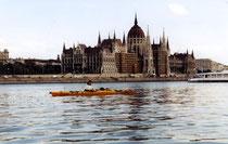 Hilde auf der Donau, Stadtdurchfahrt Budapest