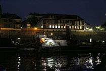 November 2012 - Die Oscar Huber, der letzte erhaltene Raddampfer auf dem Rhein, liegt normalerweise vor der Schifferbörse in Ruhrort vor Anker. Im Moment wird jedoch die regelmäßige Untersuchung auf der Meidericher Schiffswerft vorgenommen.