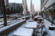 Innenhafen - Außengastronomie im Schnee