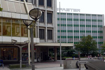 Karstadt und rechts dahinter das Spaeter-Gebäude
