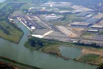 Hafen Rheinhausen mit Logport.