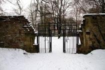 Kaiserberg - Eingang zum Ehrenfriedhof