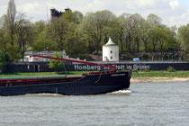 Ein Blick zur linken Rheinseite nach Homberg