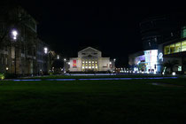 """Mai 2008 - """"Zukunft findet Stadt"""" hieß die Veranstaltung am 17.04. in der Mercatorhalle. 1700 Bürger nahmen an der Auftaktveranstaltung teil. Anschließend gab es diesen nächtlichen Blick auf den König-Heinrich-Platz."""