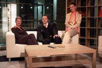 April 2006 - Am 20.März geht das Duisburger Stadtfernsehen Studio 47 auf Sendung. Nach der Premiere sitzen Kerstin Dams, Ralf Süsselbeck und Jannine Kolecki zusammen auf der Couch.