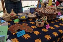 Ebenfalls konnten wir ein paar in Uganda hergestellte Sachen verkaufen, ...