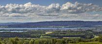 Blick vom Bodanrück auf Radolfzell, den Untersee und die Höri 180424-124