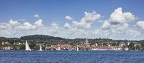 Überlingen Stadtpanorama vom See aus gesehen 190608-003