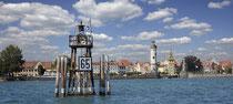 Leuchtturm vor Lindau und Lindauer Hafeneinfahrt 190804-316P