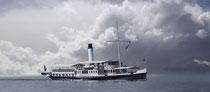 Dampfschiff Hohentwiel vor dramatischen Wolken 190913-198P