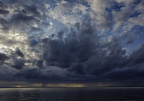 Dramatische Wolken über dem Obersee 190925-050