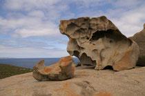 Nicht selten wimmelt es von Touristen, welche neben, auf und in den Felsformationen herumkrabbeln. Bei unserem Besuch hatten wir Glückt. Wir waren fast alleine dort.
