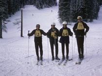 Als Mitglied des Ski-Teams fuhr ich Rennen in den bekanntesten Skidestinationen Colorados, wie Vail, Steamboat Springs, Breckenridge, Copper Mountain, Crested Butte oder Aspen (hier im Bild) und zwar mit beachtlichem Erfolg.