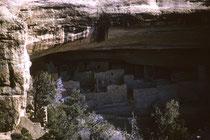 Nach der Weihnachtsreise ins warme Kalifornien ging es 1963/64 wieder zurück ins winterliche Colorado. Der Mesa Verde Nationalpark schützt rund 4000 archäologische Stätten, insbesondere die gut erhaltenen Felsbehausungen vorkolumbischer Anasazi-Stämme.