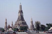 Wat Arun gesehen von Chao Phraya Fluss, Bangkok