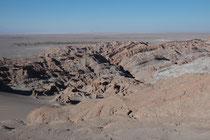 Felslandschaft auf dem Weg von Calama nach San Pedro de Atacama.
