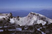 Nach rund 2 Stunden hatten wir den Gipfel erreicht und betrachteten Kalifornien von oben. Der 3169 m hohe Lassen Peak, brach zum letzten Mal im Mai 1914 aus, und damals brodelte es volle drei Jahre lang.