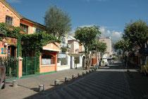 In diesem schmucken Strässchen (Calama) in einem Aussenquartier, befand sich unser Hotel (Casa Sol). Hier links.