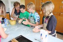 Die Quarkbrötchen wurden gerne mit den Händen geformt