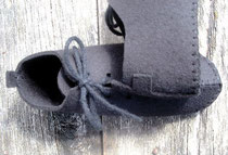 b o u c c a - l a v a c h e    Bruegel Black Wool Felt    2 4 0 E