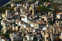 L'abitato di Calascio