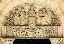 Abbazia di San Clemente a Casauria, lunetta del portale