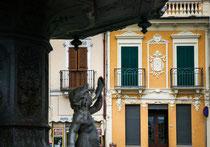 Pratola Peligna, la fontana monumentale di piazza Garibaldi