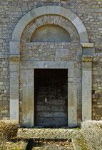 San Pietro ad Oratorium, portale laterale