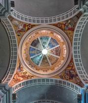 Ortona, interno della cupola della Basilica di San Tommaso