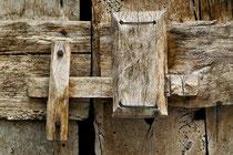 San Benedetto in Perillis, l'originale serratura in legno