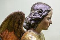 Santo Stefano, gruppo scultoreo dell'Annunciazione, particolare dell'Arcangelo Gabriele