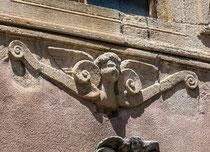 Santo Stefano, particolare facciata