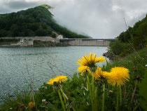 Lago di Campotosto, la diga sul rio Fucino