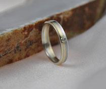 8E - Mokume Gane Ring Gelbgold 22K, Palladium 500, Silber 935, Diamant TW.SI