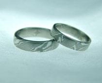 Fertiges Paar Mokume Ringe