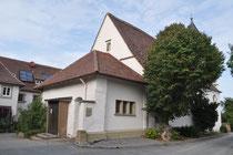 Kirche auf dem Michaelsberg, Eingang