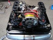 2.7 RS: Motorverblechung gestrahlt und pulverbeschichtet, Endschalldämpfer nach Säurebadbehandlung