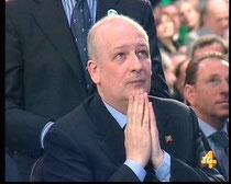Ministro Bondi dei beni culturali   prega......