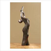 Attitude - Epreuve en bronze 3/8  tirée à la cire perdue  42 x 10,5 x 12 cm