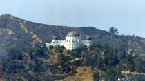 L'observatoire, installé sur la colline d'à-côté