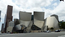 Le Walt Disney Concert Hall est un grand complexe de salles de spectacles