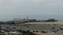 Santa Monica : le parking de la plage, et la jetée