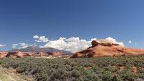 Nous retrouvons les grés ocres de Monument Valley