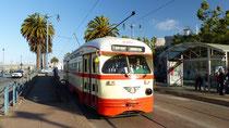 Un des tramways historiques : celui-ci est de Milan
